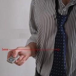 Cravate caméra 4Go télécommandée